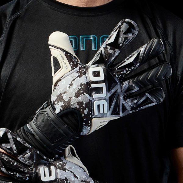 The.One.Glove.Keepershandschoenen